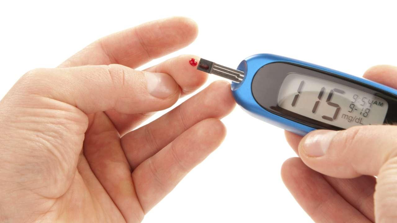 RE: How to Control Diabetes Information In Hindi?  मधुमेह रोग के कारण क्या है? और मधुमेह दूर करने के के क्या उपाय है ?
