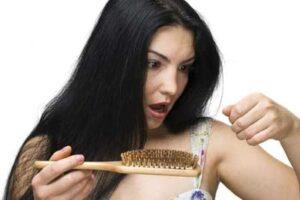 बाल बढ़ाने के घरेलू नुस्खे बालों की समस्या उपाय हिन्दी मे