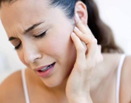 कान में दर्द क्यों होने लगता है