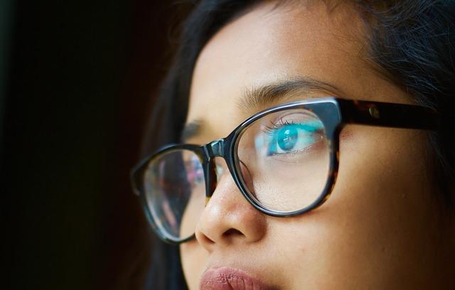 चश्मा उतारने के उपाय