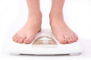 लंबाई के अनुसार वजन तालिका Height And Weight Chart हिंदी में