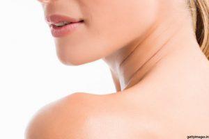 महिला की उत्तेजना गर्दन