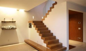 वास्तु शास्त्र के अनुसार घर की सीढ़ियों की बनावट