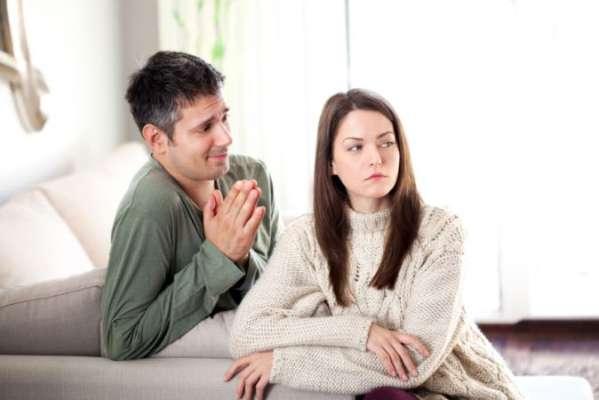 रूठी पत्नी को मनाने के तरीके