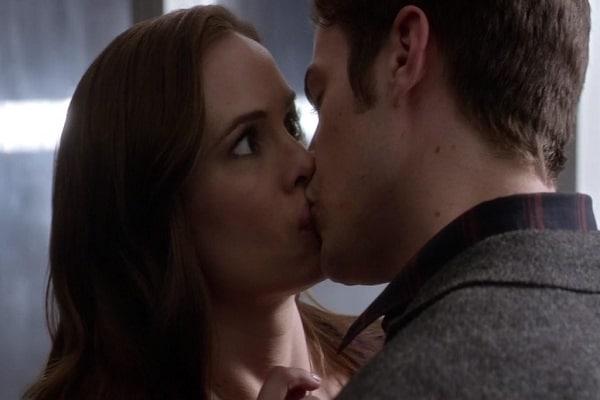 किस करने की शुरुआत