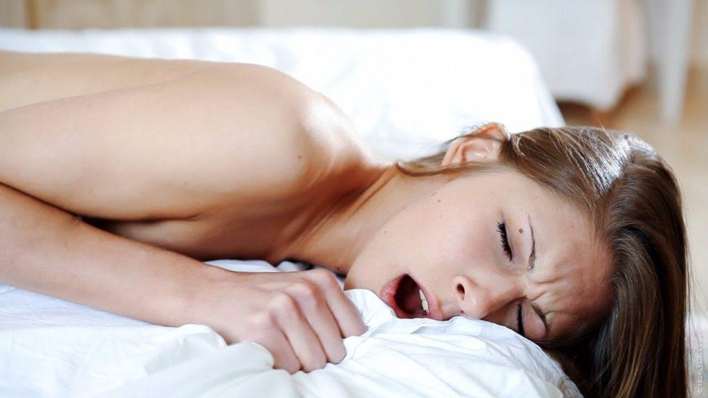 लड़की की योनि की सील कैसे तोड़े