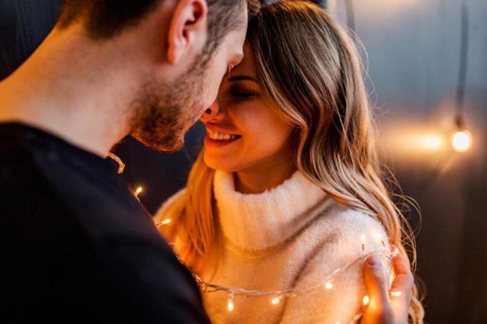 अपने प्यार को आसानी से कैसे समझाना चाहिए