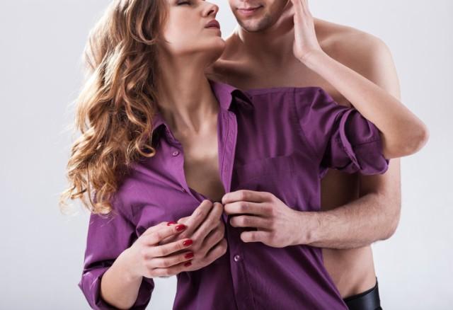 शर्मीली लड़की को सेक्स करने के लिए कैसे तैयार करें