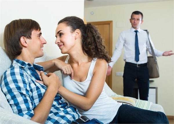 प्यार में धोखा मिलने पर क्या करें