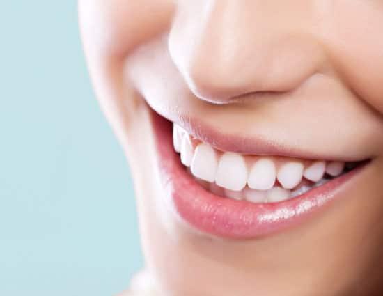 दांतों में कालापन